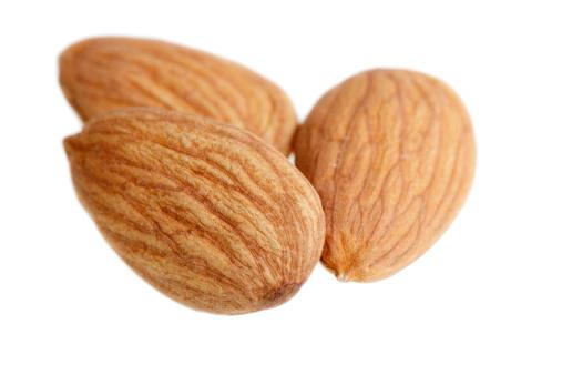 Roasted「Three Almonds」:スマホ壁紙(18)