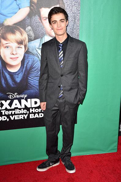 "Devon Alexander「Premiere Of Disney's ""Alexander And The Terrible, Horrible, No Good, Very Bad Day"" - Red Carpet」:写真・画像(14)[壁紙.com]"