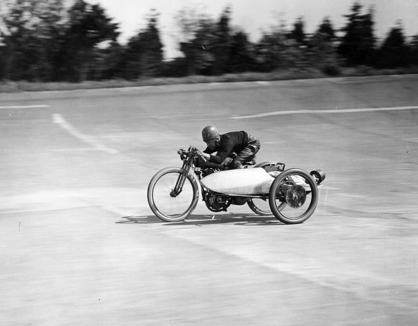 Sports Track「Motorcycle」:写真・画像(13)[壁紙.com]