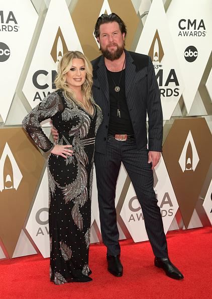 Guest「The 53rd Annual CMA Awards - Arrivals」:写真・画像(5)[壁紙.com]