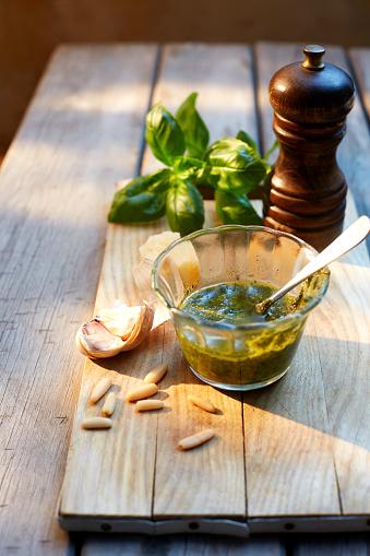 Garlic Clove「Glass of homemade basil pesto, ingredients and a pepper grinder」:スマホ壁紙(19)