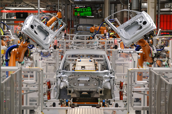 Industry「Volkswagen Revs Up ID.3 Electric Car Production At Zwickau Plant」:写真・画像(1)[壁紙.com]