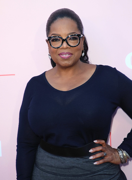 "Oprah Winfrey「Premiere Of OWN's ""Love Is_"" - Arrivals」:写真・画像(1)[壁紙.com]"