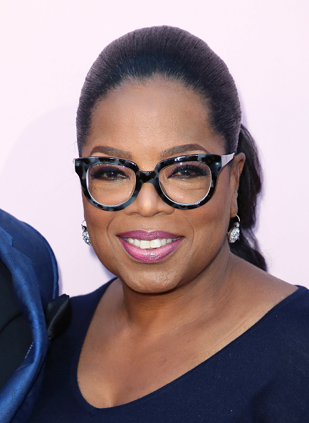 "Oprah Winfrey「Premiere Of OWN's ""Love Is_"" - Arrivals」:写真・画像(3)[壁紙.com]"