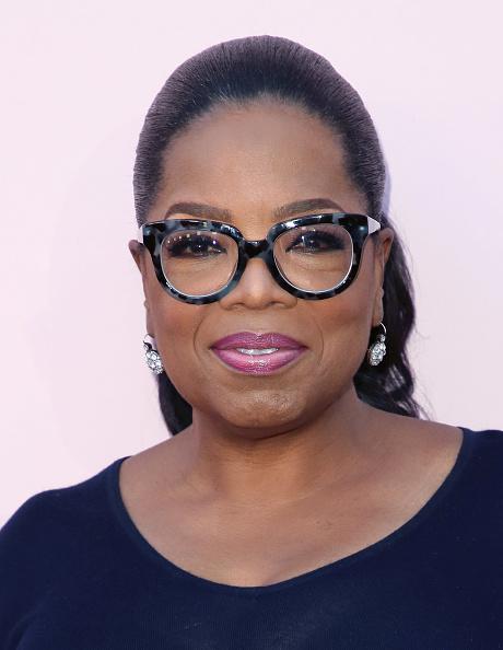 "Oprah Winfrey「Premiere Of OWN's ""Love Is_"" - Arrivals」:写真・画像(17)[壁紙.com]"