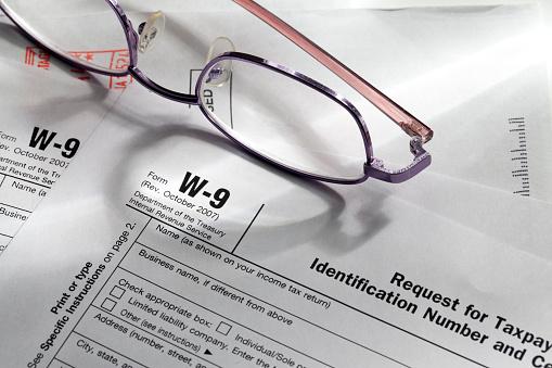 Employment And Labor「W-9 Tax Forms」:スマホ壁紙(10)