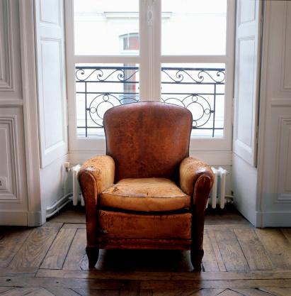 Armchair「Old armchair」:スマホ壁紙(1)