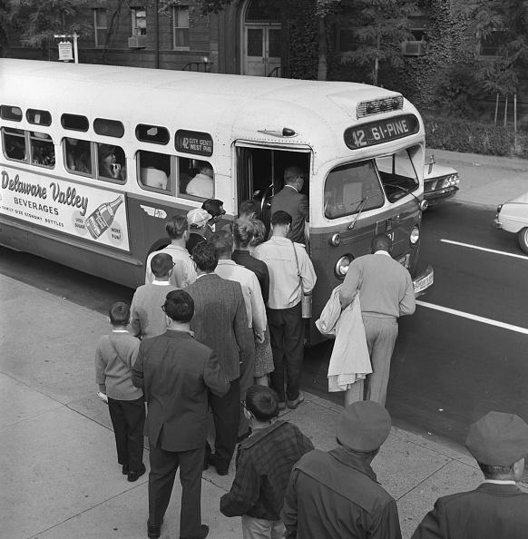 Bus「Commuter crush」:写真・画像(7)[壁紙.com]