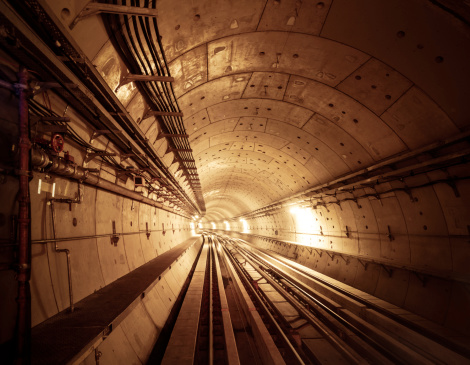 Railway「地下鉄のトンネル」:スマホ壁紙(12)