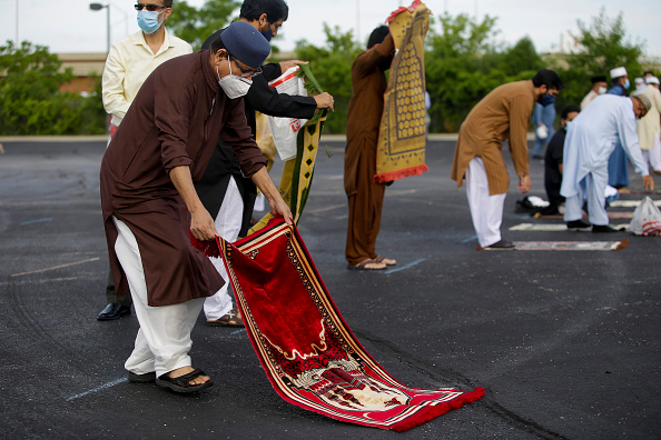 Rug「Eid Al Adha Prayers Held At Outdoor Stadium During COVID-19 Pandemic」:写真・画像(16)[壁紙.com]
