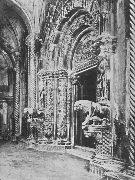 Costume Jewelry「Trau - Vestibule Of The Cathedral」:写真・画像(5)[壁紙.com]