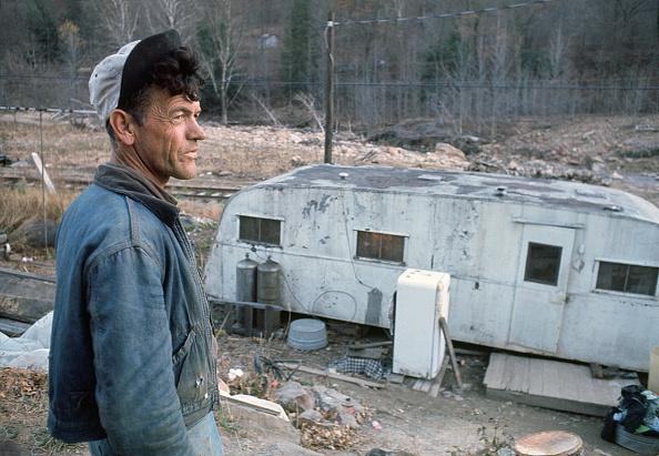 上半身「The Poor of Pike County」:写真・画像(19)[壁紙.com]