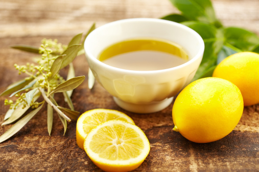 Aromatherapy Oil「Olive oil and lemon spa treatment at a luxury resort」:スマホ壁紙(16)