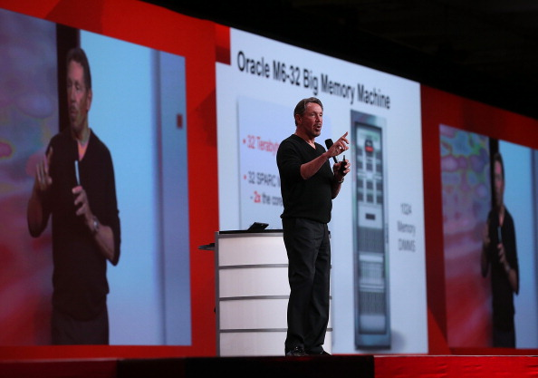 Corporate Business「Oracle CEO Larry Ellison Gives Keynote Address At Oracle OpenWorld Conference」:写真・画像(11)[壁紙.com]