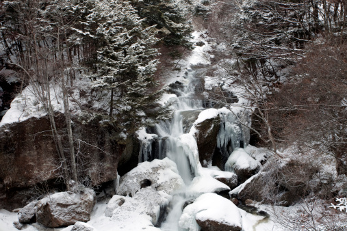 Nikko City「Ryuzu Falls in Winter」:スマホ壁紙(17)