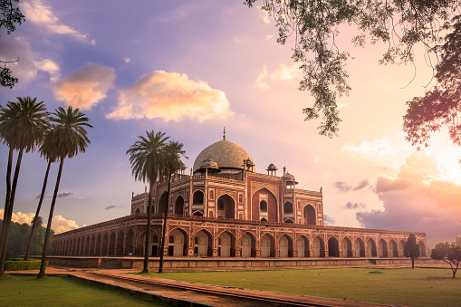 UNESCO World Heritage Site「Humayun's Tomb, Delhi, India - CNGLTRV1109」:スマホ壁紙(12)