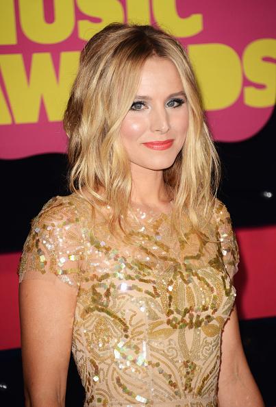 Embroidery「2012 CMT Music Awards - Arrivals」:写真・画像(11)[壁紙.com]