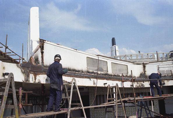 Passenger Craft「QE2 Refitted For Falklands」:写真・画像(15)[壁紙.com]