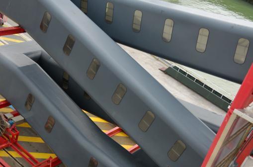 Calais「Passenger walkways in ferry port.」:スマホ壁紙(1)