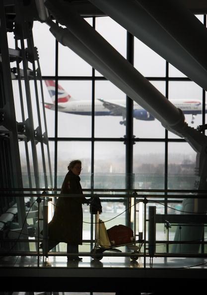 British Airways「Further Delays Occur At Heathrow Terminal 5」:写真・画像(5)[壁紙.com]