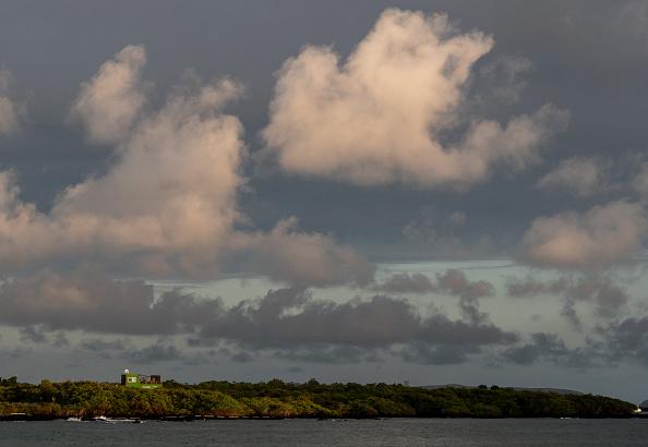 世界遺産「Nature and Human Lives Seek Equilibrium In Galapagos」:写真・画像(16)[壁紙.com]