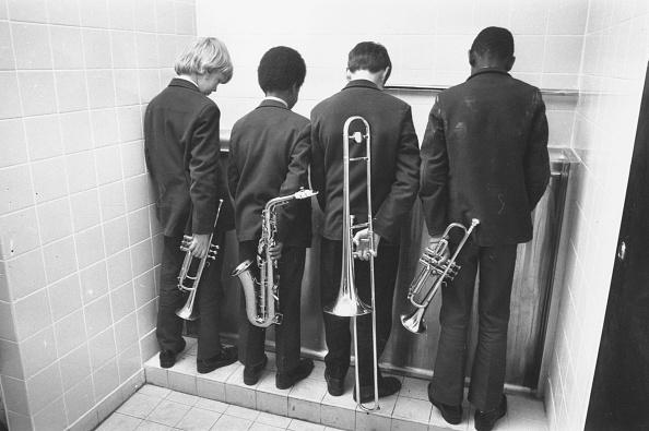 Toilet「Ceremonial Opening」:写真・画像(4)[壁紙.com]