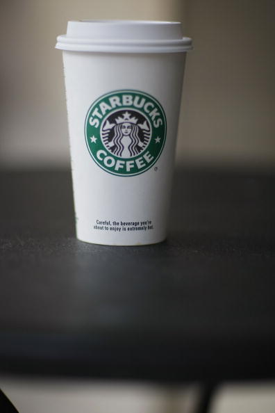 Coffee - Drink「FILE PHOTO: Starbucks To Cut 1000 Jobs Companywide」:写真・画像(11)[壁紙.com]