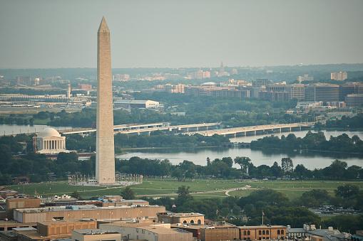 Obelisk「USA, Washington, D.C., Aerial photograph of the Jefferson Memorial and Washington Monument」:スマホ壁紙(18)