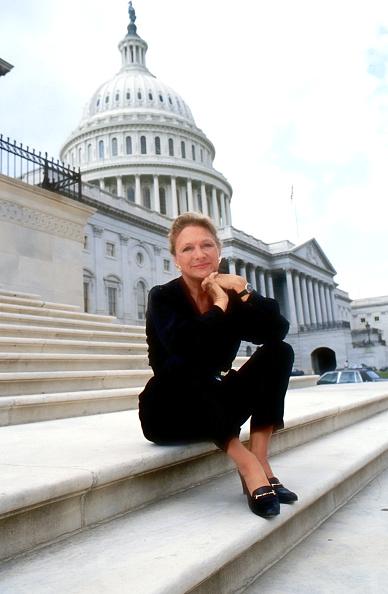 カメラ目線「Diana McLellan」:写真・画像(17)[壁紙.com]