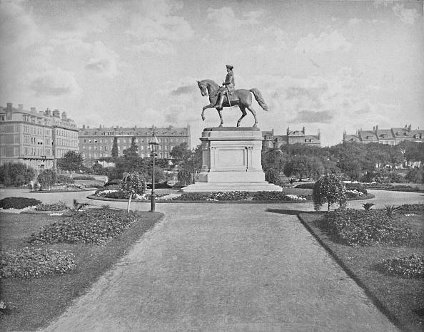 Footpath「Washington Statue」:写真・画像(17)[壁紙.com]