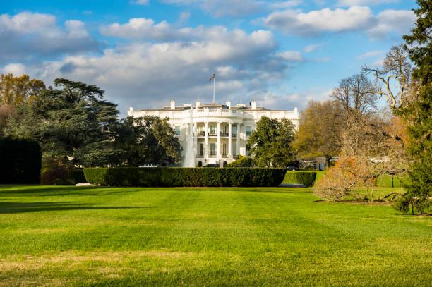 USA, Washington DC, view to White House:スマホ壁紙(壁紙.com)