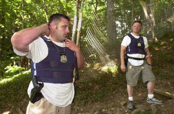 Bulletproof「Washington DC Police Search for Chandra Levy」:写真・画像(10)[壁紙.com]