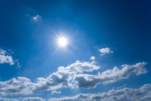 雲「太陽の光」:スマホ壁紙(16)