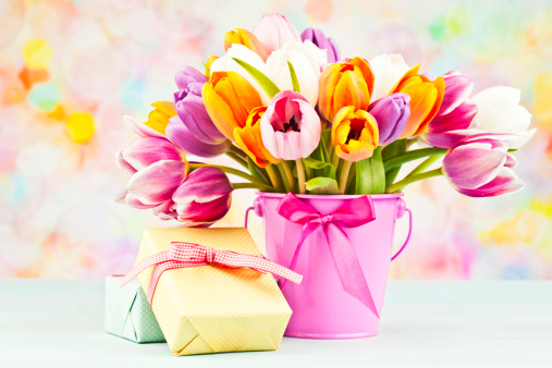 Mother's Day「Flowers and Gifts for Mother's Day or Birthday」:スマホ壁紙(12)
