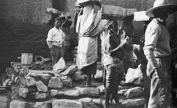 Archaeology「Archaeologist In Egypt」:写真・画像(10)[壁紙.com]