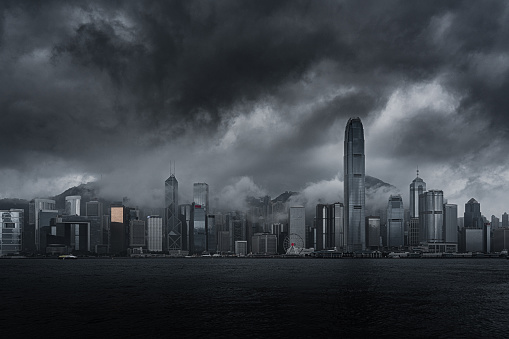 Thunderstorm「Thick cloud and fog shrouds buildings in Hong Kong」:スマホ壁紙(3)