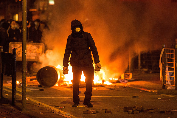 Mong Kok「Riots In Hong Kong During Chinese New Year」:写真・画像(6)[壁紙.com]