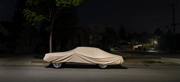 Insurance「Covered car at night」:スマホ壁紙(5)