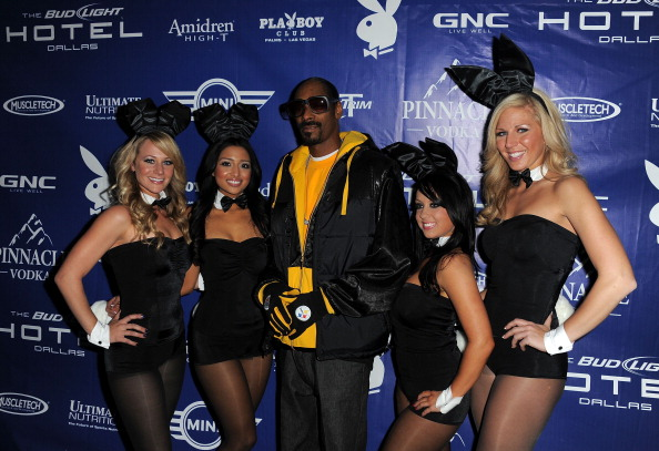 Bud「Bud Light Hotel Hosts The Playboy Party With Performances By Snoop Dogg, Warren G And Flo Rida」:写真・画像(15)[壁紙.com]