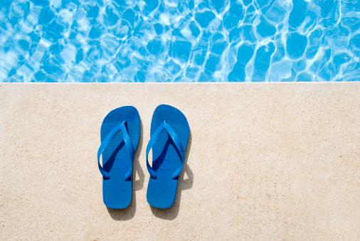 Flip-Flop「Pair of sandals」:スマホ壁紙(13)