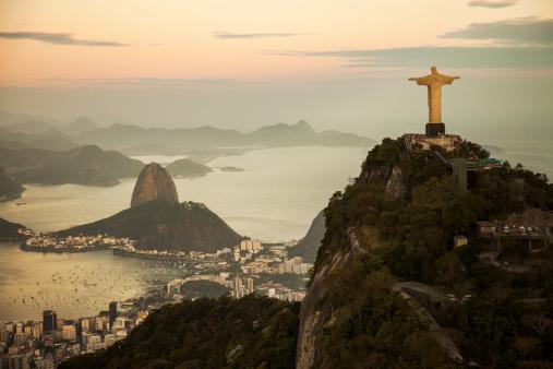 Moody Sky「View of Rio de Janeiro at dusk」:スマホ壁紙(10)