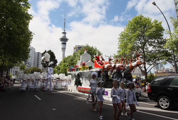 Auckland「Santa Parade In Auckland」:写真・画像(10)[壁紙.com]