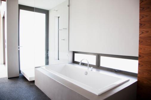 浴室「モダンなバスルーム」:スマホ壁紙(8)