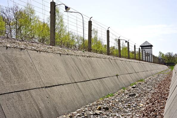 Richard Blanshard「Dachau Memorial Site」:写真・画像(17)[壁紙.com]