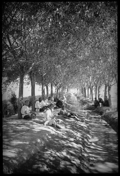 Skull Cap「Resting By The Canal」:写真・画像(7)[壁紙.com]