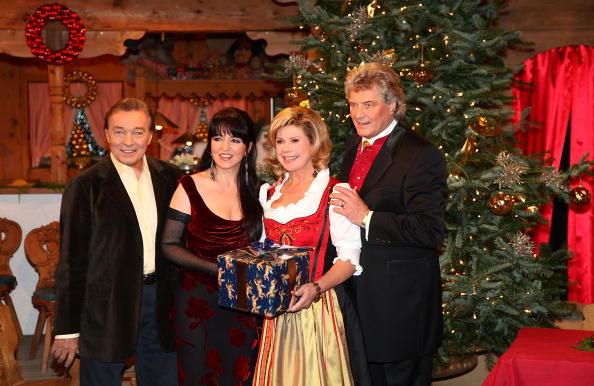 Ellmau「'Christmas With Marianne & Michael' Show Taping」:写真・画像(14)[壁紙.com]