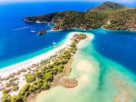 Mediterranean Sea「View of the Blue Lagoon, Oludeniz, Mugla, Turkey」:スマホ壁紙(12)
