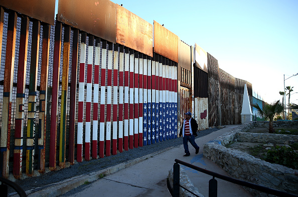 Mexico「Trump Vows To Build Border Wall Between Mexico And The U.S.」:写真・画像(15)[壁紙.com]
