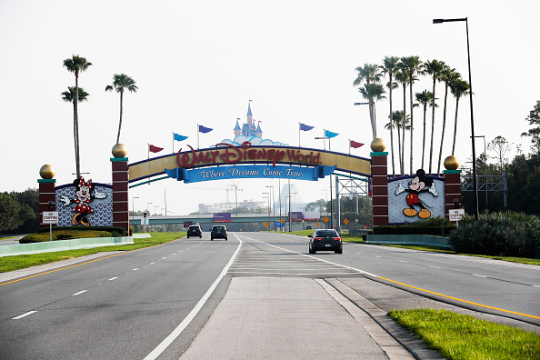 Magic Kingdom「Disney Reopens Its Magic Kingdom and Animal Kingdom Parks」:写真・画像(3)[壁紙.com]