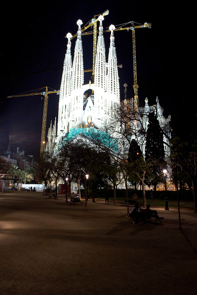 Outdoors「View of the Sagrada Familia cathedral」:写真・画像(11)[壁紙.com]